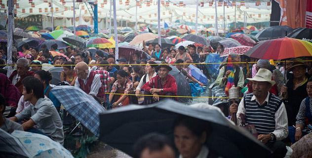 В Дехрадуне Его Святейшество Далай-лама даровал учения по тексту Нагарджуны «Драгоценная гирлянда»