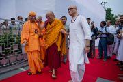 """Его Святейшество Далай-лама прибыл в ашрам """"Миссии Рамакришны"""". Дели, Индия. 11 сентября 2012 г. Фото: Тензин Чойджор (Офис ЕСДЛ)"""