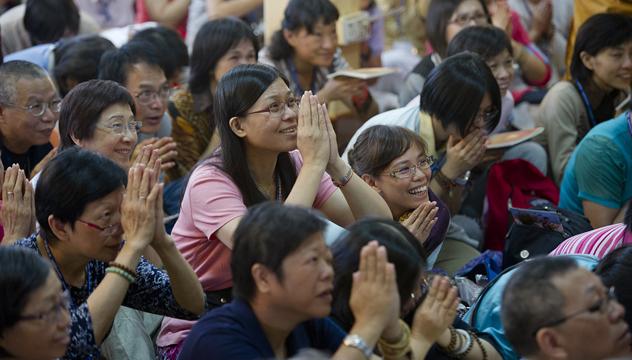 Второй день учений Его Святейшества Далай-ламы по трактату Атиши «Светоч на пути к пробуждению»
