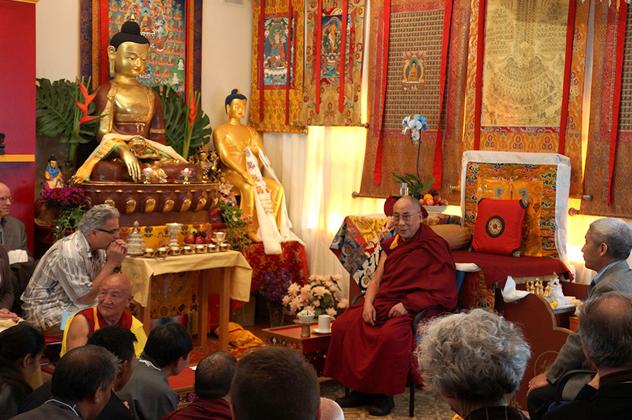 Его Святейшество Далай-лама рассказал об искусстве сострадания в университете Западного Коннектикута