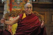 Его Святейшество Далай-лама на встрече с представителями тибетского сообщества. Миддлбери, штат Вермонт, США. 13 октября 2012 г. Фото: Sonam Zoksang
