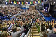 В центре О'Нила университета Западного Коннектикута во время выступления Его Святейшества Далай-ламы. Денбери, штат Коннектикут, США. 19 октября 2012 г. Фото: WCSU