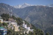 Вид на горы из главного тибетского храма. Дхарамсала, Индия. 30 октября 2012 г. Фото: Тензин Чойджор (Офис ЕСДЛ)