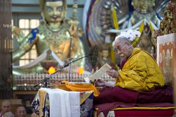 Завершились учения Его Святейшества Далай-ламы для корейских учеников
