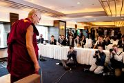 Его Святейшество Далай-лама во время встречи с журналистами. Йокогама, Япония. 5 ноября 2012 г. Фото: Office of Tibet Japan