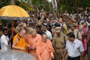 Его Святейшество Далай-лама прибыл в Сивагири Мутт. Варкала, штат Керала, Индия. 24 ноября 2012 г. Фото: Тензин Чойджор (офис ЕСДЛ)
