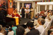 Его Святейшество Далай-лама на встрече с членами общества друзей Тибета в Кочи, штат Керала, Индия. 25 ноября 2012 г. Фото: Джереми Рассел (офис ЕСДЛ)