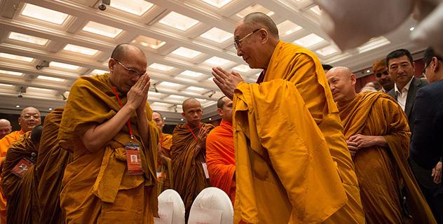 К единой цели разными путями: диалог Его Святейшества Далай-ламы и буддистов из Таиланда