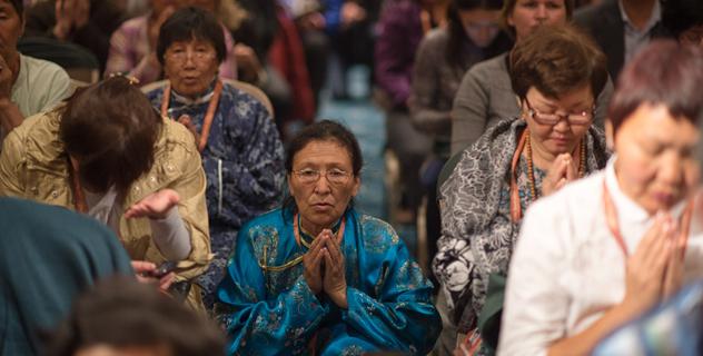 Третий день учений Его Святейшества Далай-ламы для буддистов России в Дели