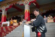 Глава Центральной тибетской администрации Лобсанг Сенге выступает с речью на праздновании 23-летия вручения Далай-ламе Нобелевской премии мира. Мандгод, Индия. 10 декабря 2012 г. Фото: Тензин Чойджор (офис ЕСДЛ)