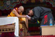 Его Святейшество Далай-лама и глава Центральной тибетской администрации Лобсанг Сенге на праздновании 23-летия вручения Далай-ламе Нобелевской премии мира. Мандгод, Индия. 10 декабря 2012 г. Фото: Тензин Чойджор (офис ЕСДЛ)