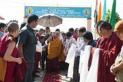 Его Святейшество Далай-лама прибыл в Центральную школу для тибетцев. Мандгод, Индия. 12 декабря 2012 г. Фото: Тензин Чойджор (Офис ЕСДЛ)