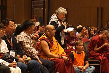 Заключительный день учений Его Святейшества Далай-ламы для россиян в Дели