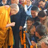 Третий день учений Его Святейшества Далай-ламы в Сарнатхе