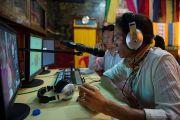 Во время конференции осуществлялся синхронный перевод с английского на тибетский. Мандгод, Индия. 18 января 2013 г. Фото: Тезнин Чойджор (Офис ЕСДЛ)
