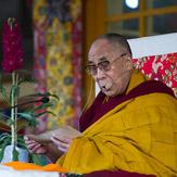 Его Святейшество Далай-лама прочел джатаку по случаю «Дня чудес»