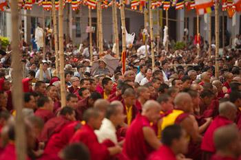 Первый день учений Далай-ламы в Салугаре