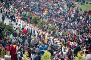 Во время церемонии подношения Его Святейшеству Далай-ламе молебна о долголетии. Равангла, штат Сикким, Индия. 26 марта 2013 г. Фото: Тензин Чойджор (офис ЕСДЛ).