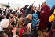 "Его Святейшество Далай-лама беседует с журналистами в центре ""Фрайберг Форум"". Фрайберг, Швейцария. 12 апреля 2013 г. Фото: Manuel Bauer"