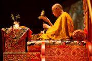 Его Святейшество Далай-лама дарует посвящение Белой Тары. Фрайбург, Швейцария. 14 апреля 2013 г. Фото: Manuel Bauer