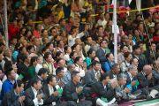 На учения Его Святейшества Далай-ламы в Центральной тибетской школе в Далхузи, празднующей свое 50-летие, собрались более двух тысяч человек. Штат Химачал-Прадеш, Индия. 27 апреля 2013 г. Фото: Тензин Чойджор (офис ЕСДЛ)