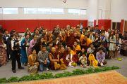 Его Святейшество Далай-лама на встрече с группой тибетцев, живущих в Луисвилле. Штат Кентукки, США. 20 мая 2013 г. Фото: Джереми Рассел (офис ЕСДЛ)