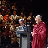 В Сиднее Его Святейшество Далай-лама говорил о ведущей роли образования