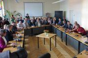 Встреча Его Святейшества Далай-ламы с латвийскими парламентариями. Рига, Латвия. 10 сентября 2013 г. Фото: Джереми Рассел (офис ЕСДЛ)