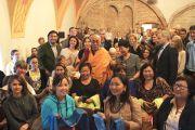 Его Святейшество Далай-лама с паломниками из России. Вильнюс, Литва. 12 сентября 2013 г. Фото: офис ЕСДЛ
