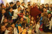 Его Святейшество Далай-лама на встрече с тибетцами, живущими в Австрии. Прага, Чехия. 15 сентября 2013 г. Фото: Джереми Рассел (офис ЕСДЛ)