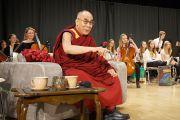 Его Святейшество Далай-лама выступает перед студентами в IGS Hanover. 18 сентября 2013 г. Фото: Джереми Рассел (ОЕСДЛ)