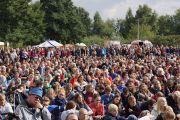 4000 слушателей собрались на публичную лекцию Его Святейшества Далай-ламы в Штайнхуде, Германия, 19 сентября 2013 г. Фото: Джереми Рассел (Офис ЕСДЛ)