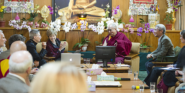 Далай-лама принял участие в 27-й конференции института «Ум и жизнь»