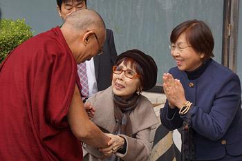 Начался визит Далай-ламы в Японию