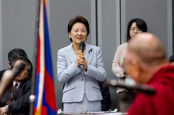 Далай-лама встретился с группой японских парламентариев