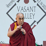 Далай-лама побеседовал с учениками школы