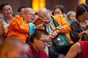 Участники учений Его Святейшества Далай-ламы для буддистов из Монголии. Дели, Индия. 4 декабря 2013 г. Фото: Тензин Чойджор (офис ЕСДЛ)