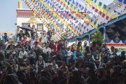 Во время учений Его Святейшества Далай-ламы в монастыре Сера Чже. Билакуппе, штат Карнатака, Индия. 26 декабря 2013 г. Фото: Тензин Чойджор (офис ЕСДЛ)