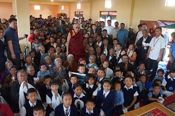 Далай-лама покинул Билакуппе и отправился в Бангалор