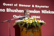 Падма Бушан Нандан Нилекани выступает с речью на открытии 92-й ежегодной конференции Ассоциации руководителей англо-индийских школ Индии в школе им. епископа Коттона. Бангалор, Индия. 5 января 2014 г. Фото: Тензин Чойджор (офис ЕСДЛ)