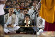 Во время встречи Его Святейшества Далай-ламы с местными индийскими жителями в Банадаре. Штат Махараштра, Индия. 12 января 2014 г. Фото: Тензин Чойджор (офис ЕСДЛ)