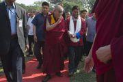 Его Святейшество Далай-лама прибыл на фестиваль Тибета. Гувахати, штат Ассам, Индия. 2 февраля 2014 г. Фото: Тензин Чойджор (офис ЕСДЛ)
