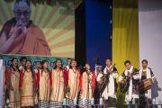 Музыканты исполняют национальные песни в завершение межрелигиозной встречи. Шиллонг, штат Мегхалая, Индия. 5 февраля 2014 г. Фото: Тензин Чойджор (офис ЕСДЛ)