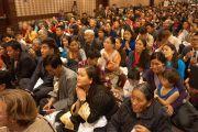 Во время встречи Его Святейшества Далай-ламы с тибетцами, живущими на восточном побережье США. Вашингтон, округ Колумбия, США. 20 февраля 2014 г. Фото: Джереми Рассел (офис ЕСДЛ)