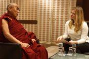 """Его Святейшество Далай-лама дает интервью для журнала """"Тайм"""". Вашингтон, округ Колумбия, США. 19 февраля 2014 г. Фото: Джереми Рассел (офис ЕСДЛ)"""