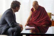 """Его Святейшество Далай-лама дает интервью для журнала """"Vanity Fair"""". Вашингтон, округ Колумбия, США. 19 февраля 2014 г. Фото: Джереми Рассел (офис ЕСДЛ)"""