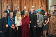 Его Святейшество Далай-лама на встрече с религиозными лидерами в Санта-Кларе. Штат Калифорния, США. 24 февраля 2014 г. Фото: Джереми Рассел (офис ЕСДЛ)