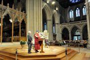 Его Святейшество Далай-лама выступает с речью в Вашингтонском кафедральном соборе. Вашингтон, округ Колумбия, США. 7 марта 2014 г. Фото: Сонам Зоксанг