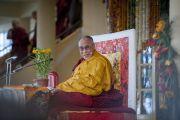 Его Святейшество Далай-лама дарует учения в главном тибетском храме. Дхарамсала, Индия. 16 марта 2014 г. Фото: Тензин Чойджор (офис ЕСДЛ)