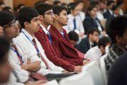 Во встрече с Его Святейшеством Далай-ламой приняли участие более трехсот школьников и преподавателей. Дели, Индия. 22 марта 2014 г. Фото: Тензин Чойджор (офис ЕСДЛ)